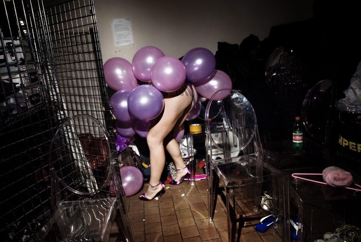 BURLADIES - Minotaur balloon